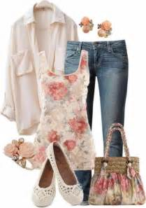 Ladies Christmas Party Tops - 25 best ideas about stylish mom on pinterest mom style casual mom and fall