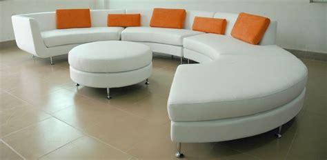 prodotti per pulire divani in pelle come pulire un divano in pelle infoperte