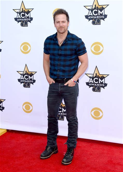 brought to you by beer cole swindell cole swindell brought to you by beer download