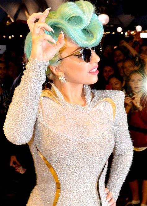 pictures  lady gaga crazy hairstyles wigs bow hair