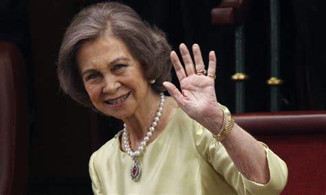 imagenes hola reina la reina sof 237 a cumple 77 a 241 os su vida en im 225 genes
