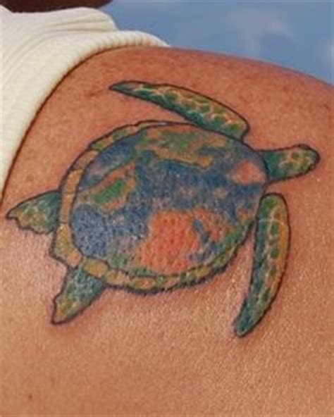 minimalist tattoo turtle 1000 images about tattoos on pinterest dr seuss smile