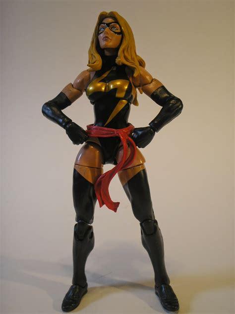 Figure Marvel that figures review marvel legends ms marvel