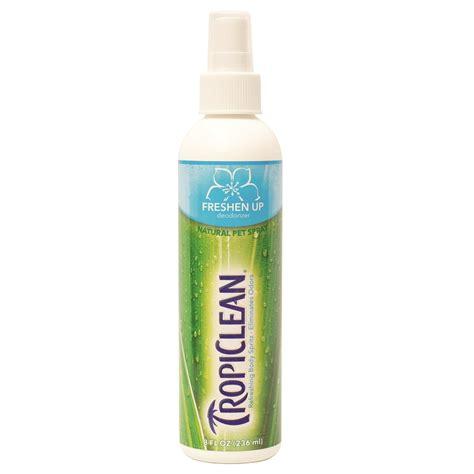 deodorizing spray tropiclean freshen up deodorizer spray naturalpetwarehouse