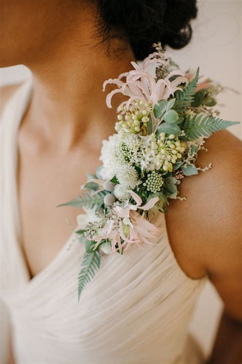 floral design ideas shoulder corsage holex flower blog
