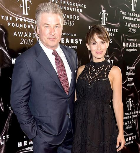 alec baldwin foundation hilaria baldwin shows off postpartum belly day after