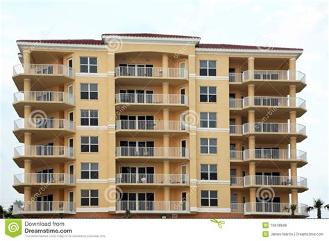apartment picture free clipart apartment building clipartsgram com