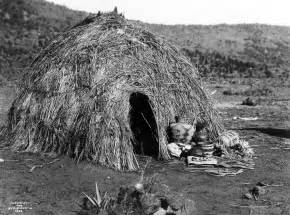 what house does curtis live in file apache wickiup edward curtis 1903 jpg wikipedia