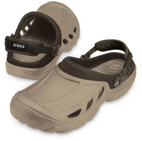 Sepatu Crocs Pria Original crocstrail khaki and espresso sepatu sendal crocs