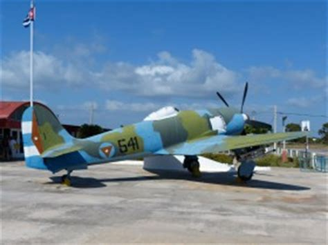 air b b cuba 541 hawker sea fury fb 11 off airport planes cz
