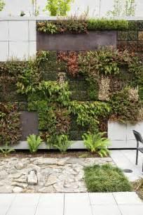 create garden wall one decor