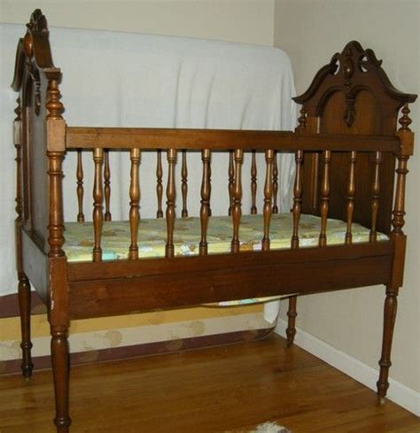 victorian bed frame 17 best images about victorian bedrooms on pinterest