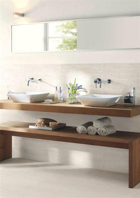 photo salle de bain beige et marron