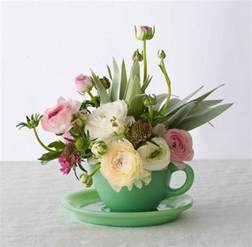 arrangement of flowers flower arrangement ideas casual cottage