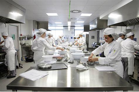 escuela de cocina cordon bleu madrid le cordon bleu la escuela de madrid en chile nirvino es