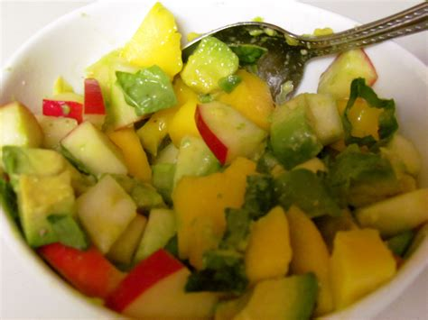my ate avocado my favorite ways to eat avocado foodie fitness