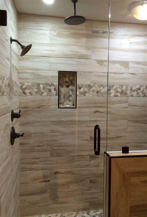 Rustic Bathroom Shower Ideas by Best 25 Rustic Master Bathroom Ideas On