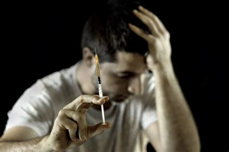 Whats It Called When You Are Detoxing Drugs by What S Heroin Addiction Really Like