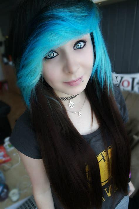 emo dyed hairstyles scene hair scenegirl blue blue hair perfect hair