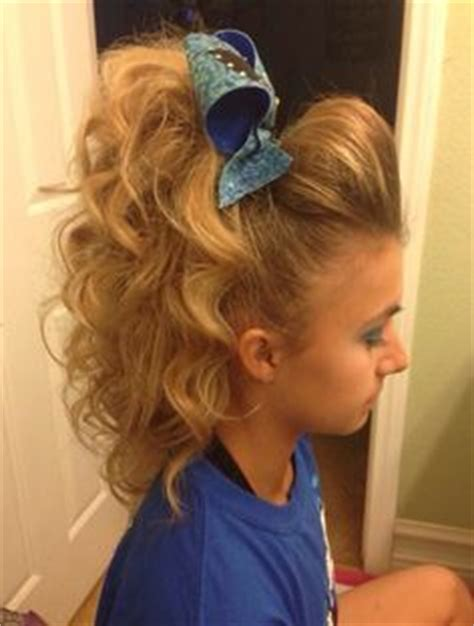 how to do a cheer puffy ponytail hairstyle 1000 images about cheer hair on pinterest cheer hair