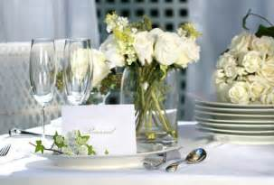 Things to consider when planning a 25th wedding anniversary party