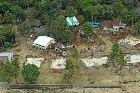 catatan akhir  lingkungan rusak bencana makin