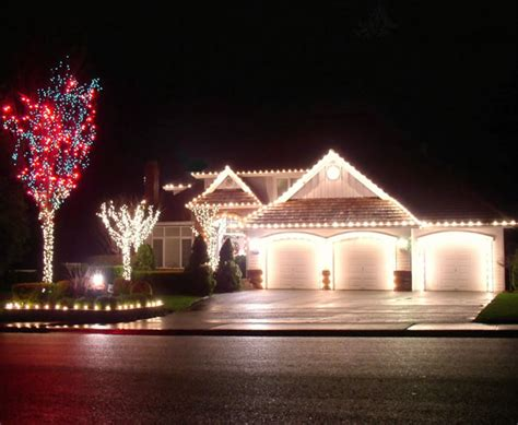 company to hang christmas lights st louis outdoor lights hanging st louis lawn care company st louis landscaping