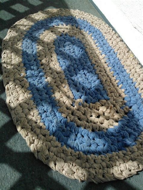 crochet rugs from sheets 17 best ideas about bed sheets on rag rug tutorial braided rug tutorial and