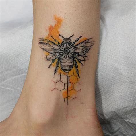 rose and bee tattoo 21 bee designs ink tatuaż tatuaż