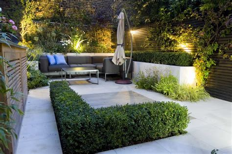 Exteriors : Exotic Beautiful Small Modern Patio Garden