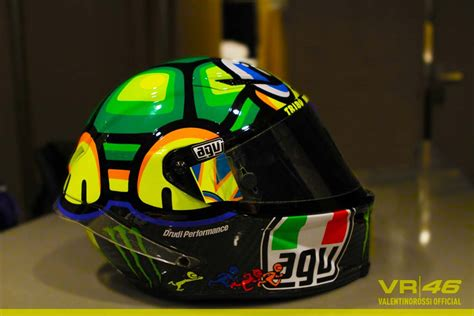 valentino rossi motocross helmet for the noggan on pinterest valentino rossi helmets and