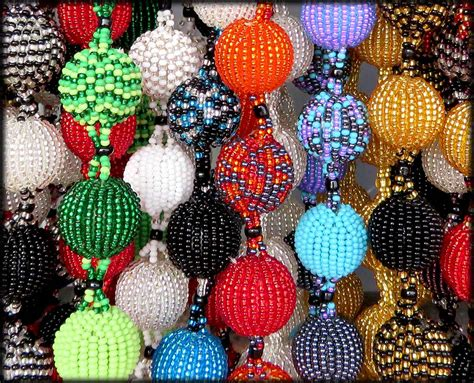 100 ornaments wholesale suppliers