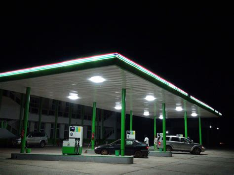 gas station canopy lights gas station canopy led lights gas station canopy ideas