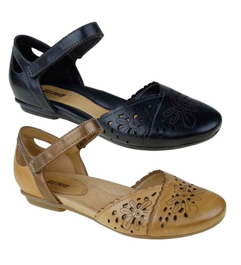 closed toe sandals for product