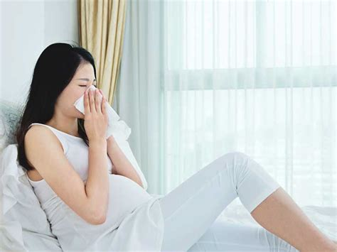 sneeze treatment sneezing during pregnancy causes risks treatment and more