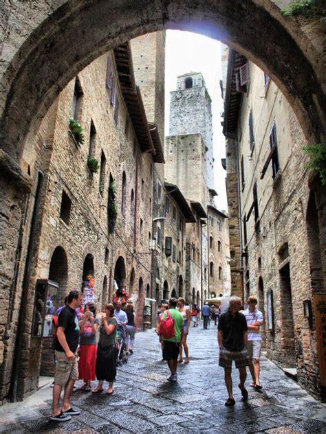 sucedio en la toscana 1539025144 qu 233 ver en san gimignano toscana viajar a italia