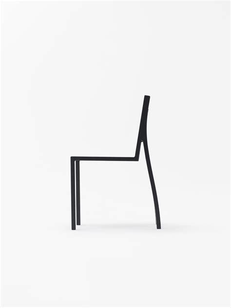 Minimalist Chair Design by Heel Chair Leibal