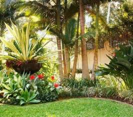 Tropical Front Garden Ideas 1000 Ideas About Tropical Landscaping On Tropical Gardens Tropical Plants And