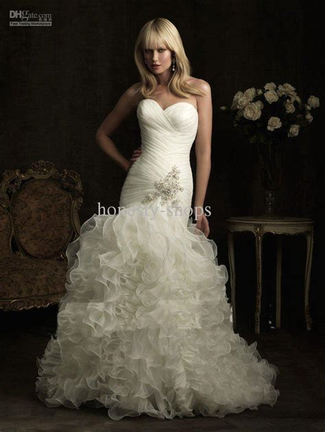 sweetheart strapless mermaid wedding dresses with bubble