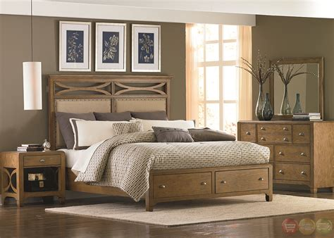 distressed bedroom set town and country distressed finish storage bedroom set
