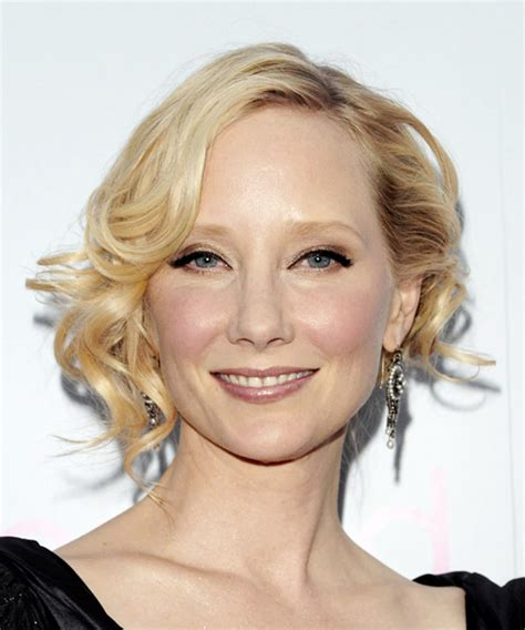 anne heche hairstyles anne heche short wavy formal hairstyle