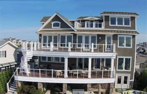 Four Story House by Luxury 4 Story House Design On The Waterfront Designing Idea