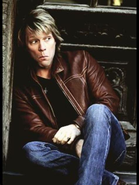 Jon Bon Jovi Rocks For Housing by 1198 Best Jovi Images On Jon Bon Jovi Rock