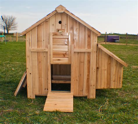 building a hen house free plans chicken house plans chicken coop design plans