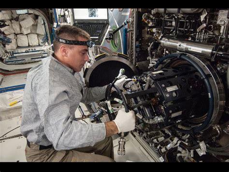 nasa expedition 35 flight engineer chris cassidy