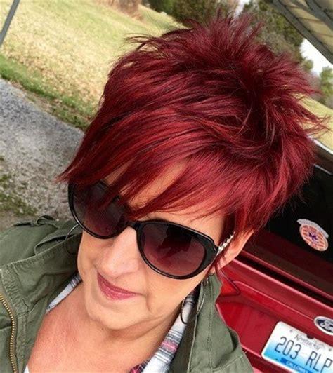 Frisuren ab 50   Schicke Kurze Haare für Frauen