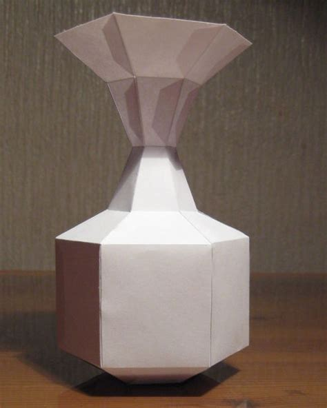 how to make a paper vase without