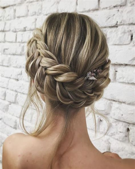 scottish plaited que hair 25 beautiful braided wedding hair ideas on pinterest