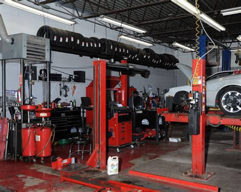 convenient auto repair  maintenance shop