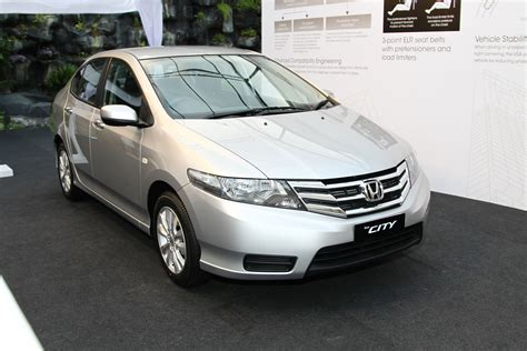 honda city facelift launched now with 5 year warranty